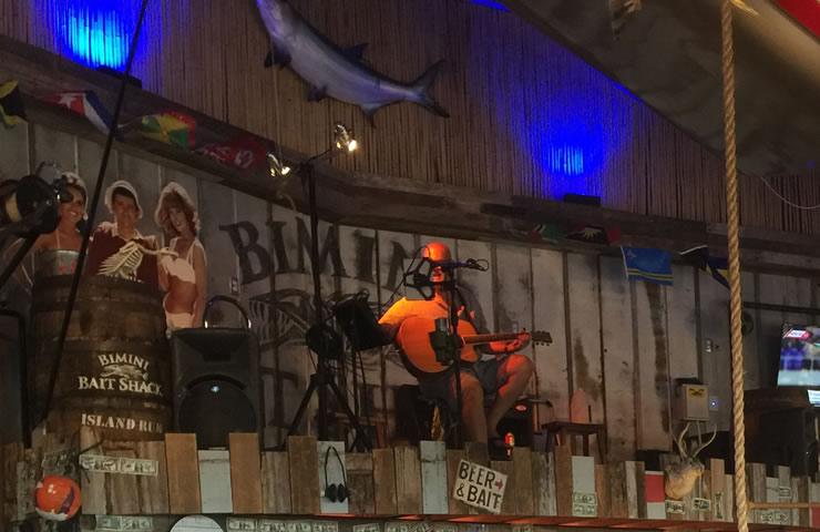 Bimini-Bai-shack-nightime-singer-lee James