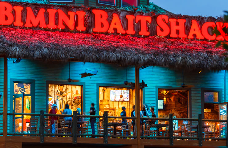 Bimini-friends-party-night-time2
